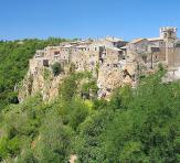 The village | Calcata